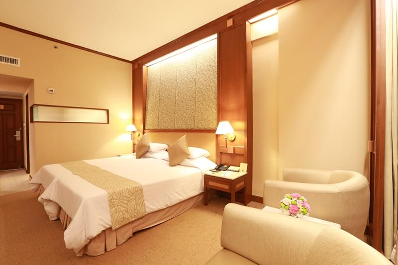 Asia Hotel Bangkok : พรีเมียร์ เตียงใหญ่หรือเตียงแฝด