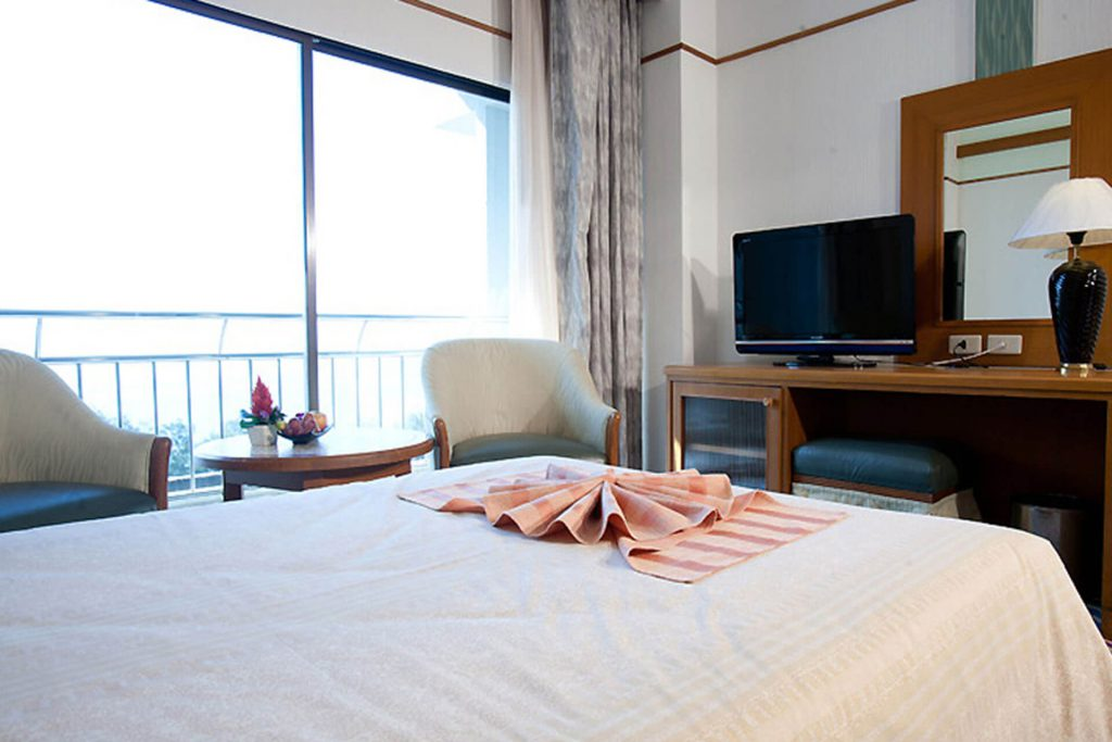 Asia Cha Am Hotel : Superior Room (Main Building)