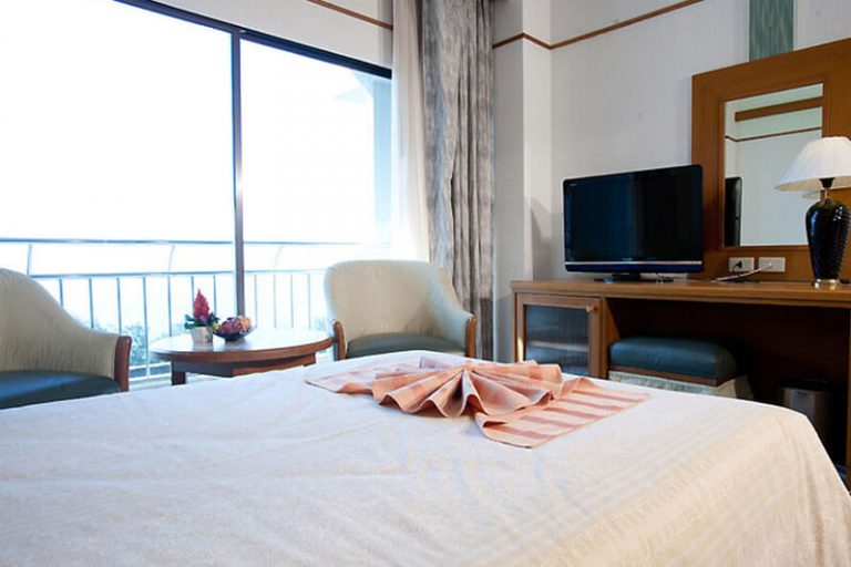 Asia Cha Am Hotel : Superior Room