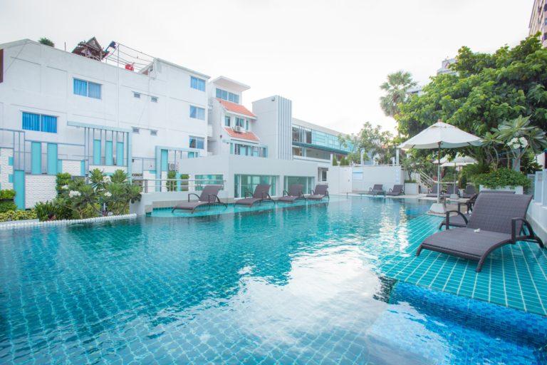 Asia Cha Am Hotel : Pool