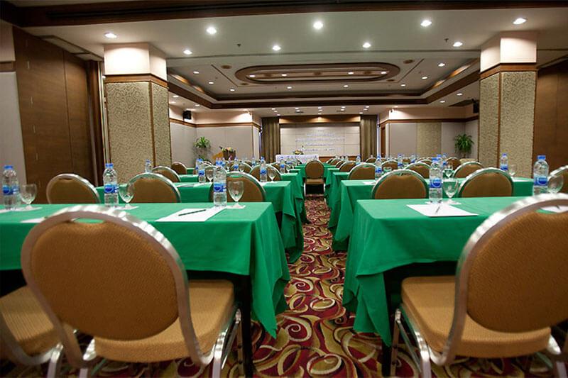 Asia Cha Am Hotel : CHOMTALAY ROOM