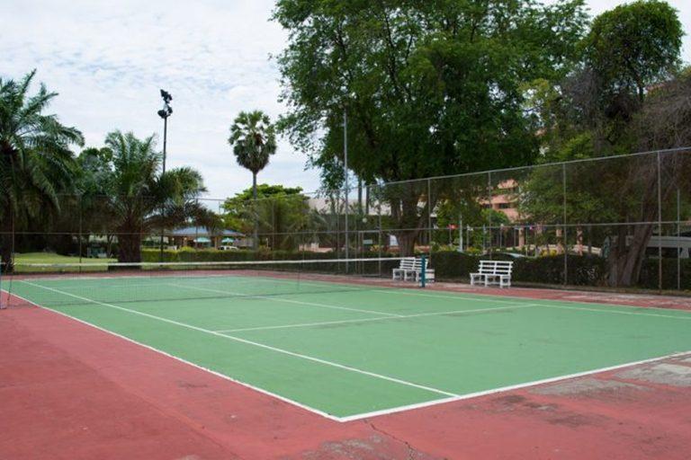Asia Pattaya Hotel : Tennis